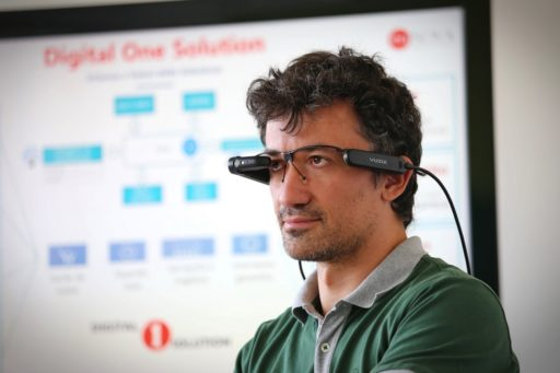 Smart glasses by BlogInnovazione